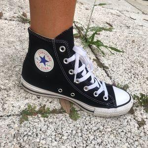 Converse Women's Size 7